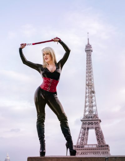 Mistress Tess UK in front of the Eiffel Tower